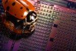Intel осваивает оптические процессоры
