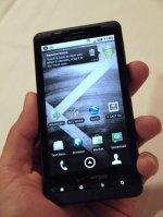 Motorola представила новый Android-смартфон Droid X
