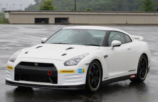 Nissan GT-R  Track Club Edition