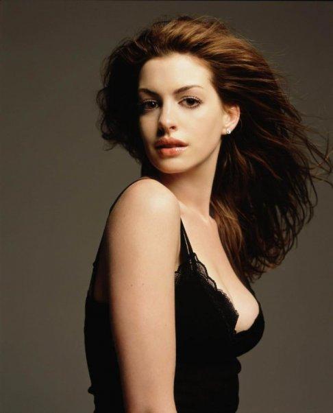 1193244005 01 jpg Anne Hathaway